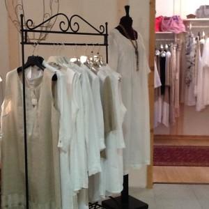 ABBIGLIAMENTO/CLOTHING